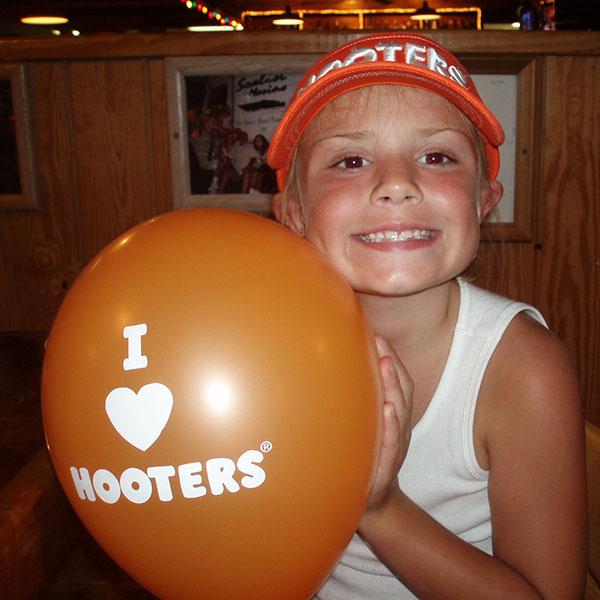 Moe with Hooters Balloon
